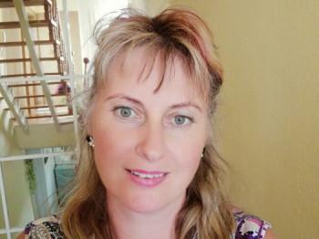 napocska77 44 éves társkereső profilképe