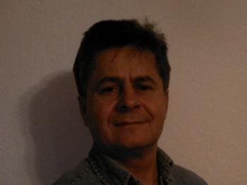Nicholas72 49 éves társkereső profilképe