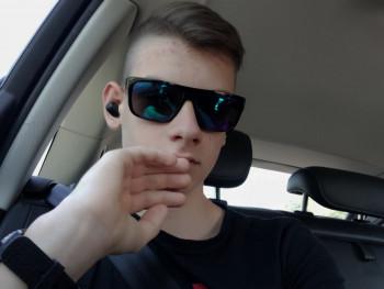 Kristóf11 16 éves társkereső profilképe