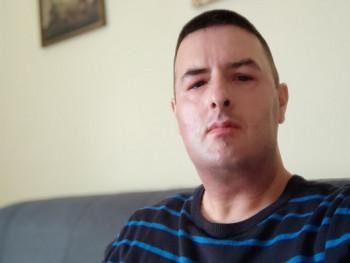 Csaba36 37 éves társkereső profilképe