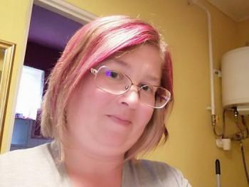 Betti38 39 éves társkereső profilképe
