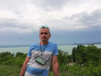 ivanka 45 éves társkereső profilképe