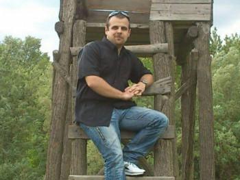 Tibor1987 34 éves társkereső profilképe