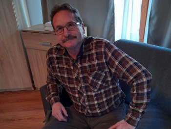 Béla Kalazi 60 éves társkereső profilképe
