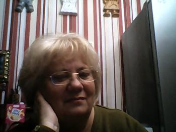 lórika 57 éves társkereső profilképe