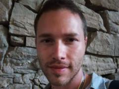 Levente989 - 32 éves társkereső fotója