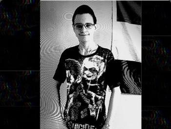 Krisz15 16 éves társkereső profilképe