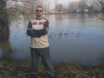 Andris3 31 éves társkereső profilképe