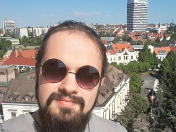 Riki2000 20 éves társkereső profilképe