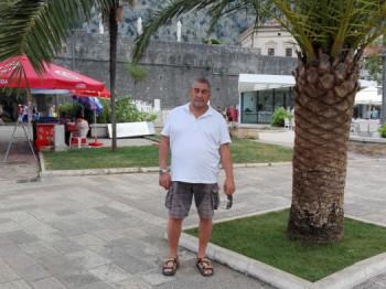 szenty 63 éves társkereső profilképe