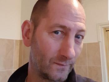 gunar13 48 éves társkereső profilképe