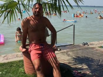 Rob Carlos 44 éves társkereső profilképe
