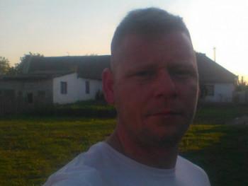 Barna11 43 éves társkereső profilképe