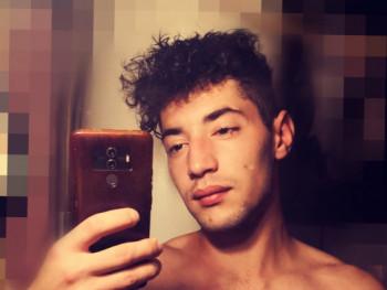 Gabeszkaa 22 éves társkereső profilképe