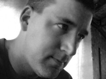 cyklon 38 éves társkereső profilképe