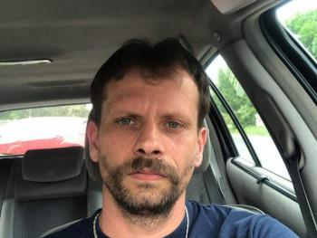Kohán Zoltán 45 éves társkereső profilképe