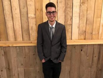 Nagy Christian 23 éves társkereső profilképe