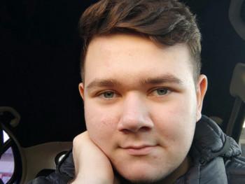 Valkó 16 éves társkereső profilképe