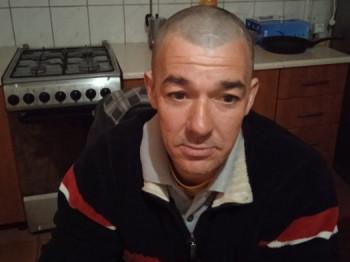 zogya750911 45 éves társkereső profilképe