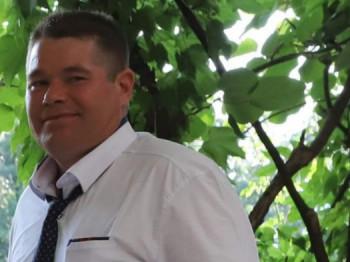 isti01 41 éves társkereső profilképe