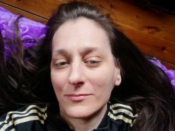 Andee 46 éves társkereső profilképe