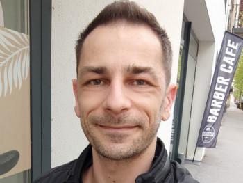 vthom 37 éves társkereső profilképe