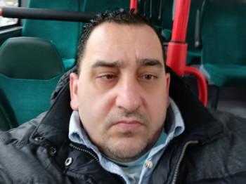 Tegrox 44 éves társkereső profilképe
