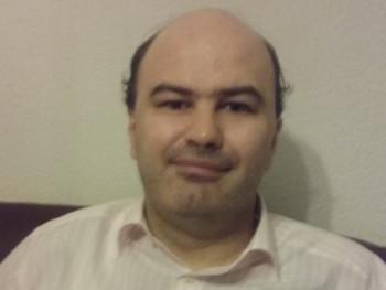 Zsolt2 45 éves társkereső profilképe