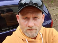 kisbuddha975 - 46 éves társkereső fotója