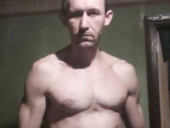 Józsi760 45 éves társkereső profilképe
