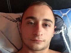 Ádám04 - 28 éves társkereső fotója