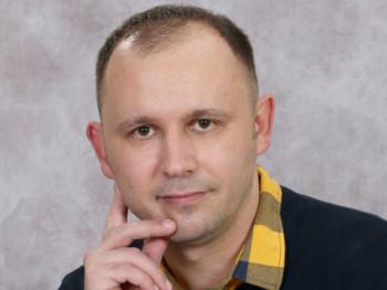 zoltanius 36 éves társkereső profilképe