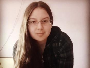 Andoszka 17 éves társkereső profilképe
