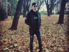 H_Akos_ - 17 éves társkereső fotója