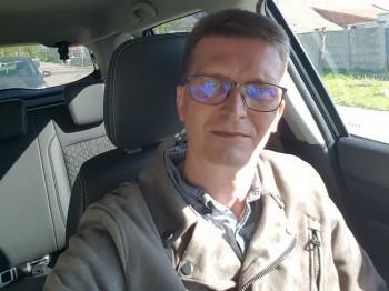 Csikó49 49 éves társkereső profilképe