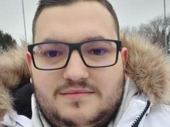 tomiboy27 27 éves társkereső profilképe