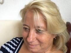 Mária_47 - 47 éves társkereső fotója