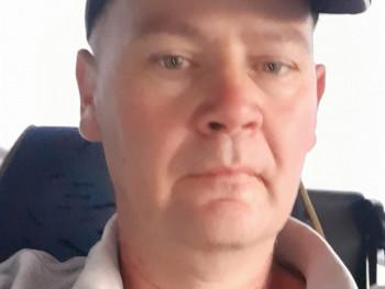 szauka 45 éves társkereső profilképe