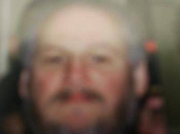 Balázs 72 49 éves társkereső profilképe