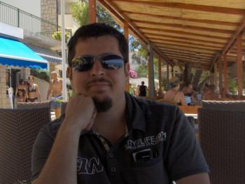 NImre 37 éves társkereső profilképe
