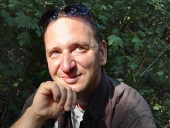 Dpéter 34 éves társkereső profilképe