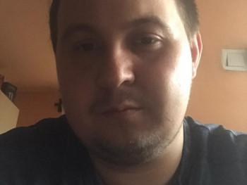 Mihály26 26 éves társkereső profilképe