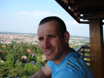 Lacai 44 éves társkereső profilképe