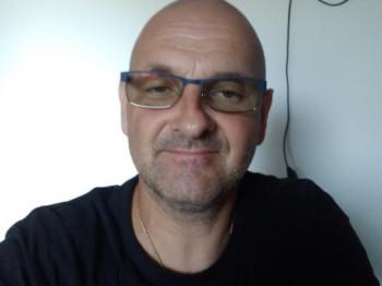 Kis Péter 48 éves társkereső profilképe