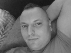 tomi44 - 28 éves társkereső fotója