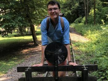 mangoakos 18 éves társkereső profilképe