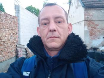 Durusan 43 éves társkereső profilképe