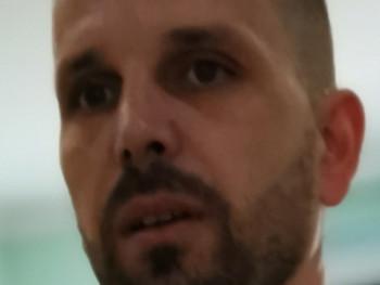 Motosz 41 éves társkereső profilképe