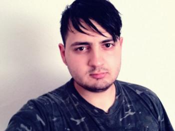 KuruDanielX26 22 éves társkereső profilképe