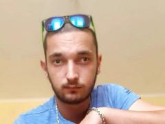 attila0516 - 24 éves társkereső fotója